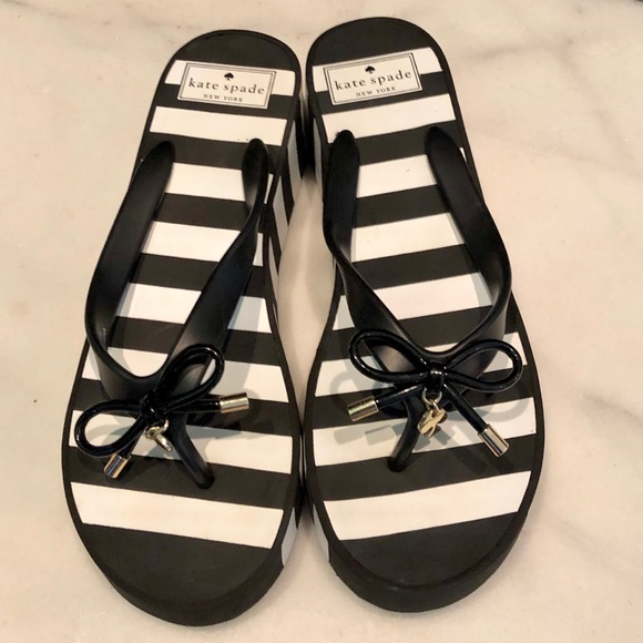 kate spade Shoes - Kate Spade ♠️🔥 Black & White Wedge Sandals